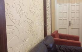 Căn hộ diện tích 115m2, Golden Land 3 phòng ngủ trang bị đầy đủ nội thất, giá 15 triệu/tháng