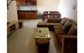 Cho thuê căn hộ CC số 2 Hoàng Cầu – 80m2, 2PN, đầy đủ đồ, 11tr/tháng