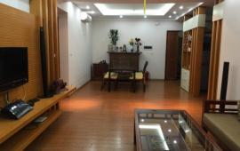 Chuyên cho thuê căn hộ chung cư 170 Đê La Thành, DT 155m2, 3 PN, đầy đủ nội thất cao cấp 15tr/th