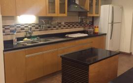 Chính chủ cho thuê căn hộ chung cư 15 - 17 Ngọc Khánh, 130m2, 3PN, đầy đủ đồ, 14triệu/tháng