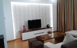 Cho thuê căn hộ chung cư 165 Thái Hà, DT 128m2, căn góc 3 ngủ, đủ đồ 14 triệu/tháng