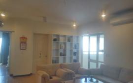 Cho thuê căn hộ chung cư tại 101 Láng Hạ 163m2, full đồ giá rẻ