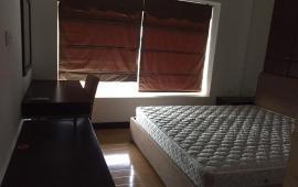 Cho thuê chung cư cao cấp Hòa Bình Green, 376 đường Bưởi, đủ đồ, 3PN, LH 0906164063