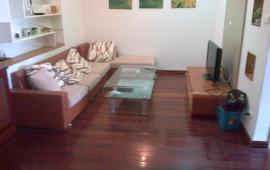 Cho thuê chung cư Biển Bắc - Đê La Thành, 2 phòng ngủ đủ đồ LH: 0915 651 569