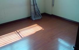 Cho thuê chung cư 282 Lĩnh Nam 2 phòng ngủ đồ cơ bản 4,5tr/th LH: 0915 651 569