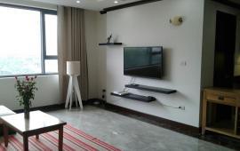 Cho thuê căn hộ chung cư 71 Nguyễn Chí Thanh, 2 ngủ đủ đồ, 10 tr/th