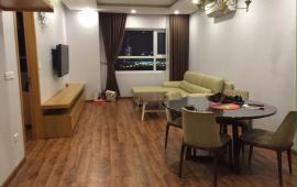 Cho thuê CH tại chung cư Golden Land có DT 100m2, 2 PN, nội thất cơ bản giá 11 triệu/tháng