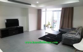 Cho thuê căn hộ Watermark Lạc Long Quân, giáp Tây Hồ, Hà Nội. LH 0983739032