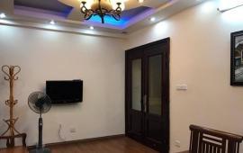 Cho thuê căn hộ chung cư B7 Kim Liên, 3 phòng ngủ, đủ đồ. LH: 0915 651 569