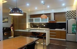 Chính chủ cho thuê căn hộ 165 Thái Hà, căn góc, 158m2, 3 ngủ, nội thất đủ, rất sang trọng 16tr/th