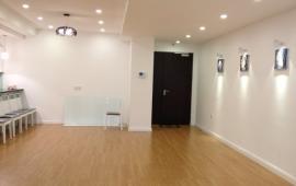 Cho thuê CHCC Trung Yên Plaza, 120m2, 3 phòng ngủ, nội thất cơ bản 12tr/th, LH 0918441990