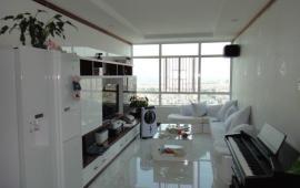 Cho thuê căn hộ chung cư cao cấp Sông Hồng Park View, 188m2, 3 ngủ đủ đồ giá 18tr/tth