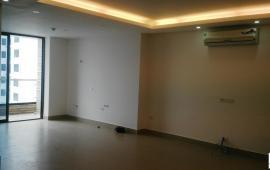 Cho thuê căn hộ chung cư Royal City. Diện tích 88 m2, thiết kế 2 PN đồ cơ bản call 0915.825.389