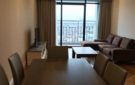 Cho thuê căn hộ hạng sang bậc nhất Hà Thành, Hoàng Thành Tower, tầng 16, 2 phòng ngủ