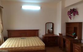 Cho thuê căn hộ chung cư tại V3 Văn Phú Victoria, Hà Đông. DT 120m2, 2PN, 2WC, NT full, gía 8tr/th