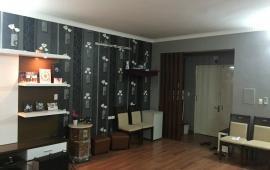 Cho thuê căn hộ 299 Cầu Giấy, tầng 5, 2PN, đủ đồ, ảnh thật, giá 10 tr/tháng. LHCC 0973559296