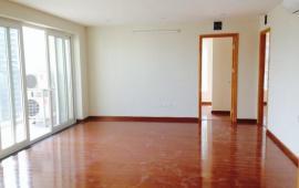 Cho thuê CHCC 170 Đê La Thành, tầng 22, DT 248m2, 4 phòng ngủ, nhà nội thất cơ bản 15tr/tháng