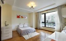 Cho thuê căn hộ Royal City, 110m2, 2pn sáng thiết kế lại, đồ nội thất hoàng gia, 25 triệu/tháng