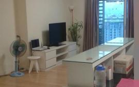 Cho thuê chung cư Keangnam Tháp B 108m2, 3 phòng ngủ, đồ cơ bản giá 18.18 triệu/tháng