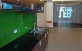 Cho thuê căn hộ chung cư Hòa Bình Green, 67m2, 2 phòng ngủ, đồ cơ bản, 8tr/th