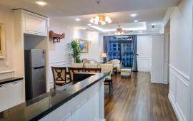 Cần cho thuê căn hộ Royal City 3 phòng ngủ, đầy đủ tiện nghi nội thất cao cấp đẹp, giá 24.99 tr/th