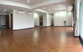 Cho thuê CHCC 170 Đê La Thành, 142m2, tầng 16, 3 phòng ngủ, nội thất cơ bản 12tr/tháng
