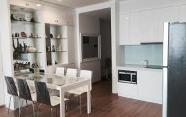 Cho thuê căn hộ chung cư Royal City R6 - 3 phòng ngủ, 2WC, đầy đủ tiện nghi nội thất cao cấp