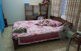 Cho thuê căn hộ 90m2 phố Linh Lang, Ba Đình, Hà Nội