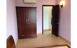 Cho thuê căn hộ chung cư tại Hoa Lư, Hai Bà Trưng. DT 72m2, 2 phòng ngủ, đủ đồ
