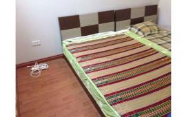Cho thuê căn hộ chung cư tại Hoa Lư, Hai Bà Trưng. DT 65m2, 2 phòng ngủ đủ đồ