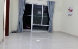 Cho thuê căn hộ chung cư tòa nhà N02 Yên Hòa, 70m2, đồ cơ bản