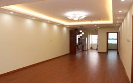 Cho thuê căn hộ Dịch Vọng N09, cạnh công viên Cầu Giấy 133m2, 3PN, không đồ 10tr/tháng
