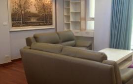 Cho thuê CHCC Golden Place, tòa B, 128m2, 3 phòng ngủ, đủ nội thất tốt 17tr/tháng. LH 0918441990
