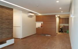 Cho thuê CHCC Mulberry Lane Mỗ Lao, 2 phòng ngủ nội thất cơ bản view bể bơi. Giá 10 triệu/tháng