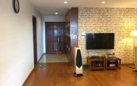 Cần cho thuê căn hộ tại 187 Tây Sơn 100m2 không đồ, giá 10.5tr/th. LH: 0983989639