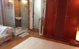Cho thuê căn hộ chung cư tại đường Phan Bội Châu, Hoàn Kiếm, Hà Nội dt 60m2 giá 7 triệu/tháng