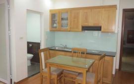 Cho thuê căn hộ dịch vụ ở Đào Tấn, căn 01 PN, dt 45m2, giá 14.75 triệu/tháng