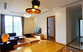 Tôi đang cho thuê căn hộ tại 165 Thái Hà, Sông Hồng Park view DT 120m2, 3PN, đồ cơ bản