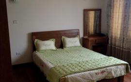 Cho thuê căn hộ dịch vụ khu Yên Phụ, Tây Hồ, DT 100m2, giá 22.76 triệu/tháng