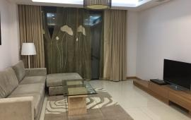 Cho thuê căn hộ chung cư MIPEC Tower diện tích 125 m2, 3 phòng ngủ đủ đồ. LH: 0915825389