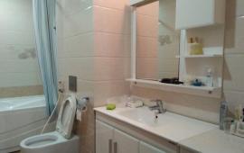 Chính chủ cho thuê căn hộ 2 phòng ngủ 75m2 VOV Mễ Trì. LH: 0983989639