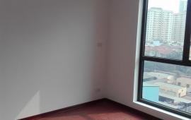 Cho thuê chung cư C14 Bộ Công An, 2 phòng ngủ, giá 6,5tr/tháng. LH: 0915651569- 0911400844