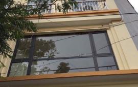 Cho thuê tầng 1+2 nhà mặt hồ Ba Mẫu,56m2/sàn,tiện làm văn phòng,19 tr/th