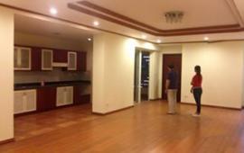 Cho thuê căn hộ chung cư N05 - Hoàng Đạo Thúy, 181m2, 3 phòng ngủ, nội thất cơ bản, 17 triệu/ tháng