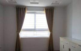 Cho thuê chung cư B3B Nam Trung Yên 2 phòng ngủ đồ cơ bản 6,5tr/tháng LH: 0915 651 569