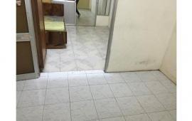 Cho thuê căn hộ tập thể tầng 2 tại Trung Tự