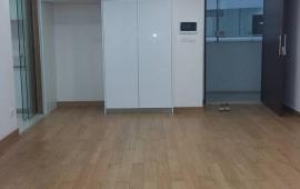 Cho thuê căn hộ chung cư FLC Phạm Hùng, 2 ngủ nội thất cơ bản 70m2. Giá 8 triệu, LH 0987.888.542
