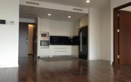 Chính chủ cho thuê chung cư 170 Đê La Thành, 146m2, 3PN, đồ cơ bản, giá 11.5 triệu/tháng