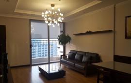 Cho thuê căn hộ chung cư Vinhome Nguyễn Chí Thanh, 128m2, 3 phòng ngủ đủ đồ đẹp 28 tr/th