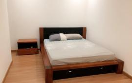Cho thuê căn hộ chung cư số 6 Nguyễn Công Hoan, 108m2, 2 phòng ngủ đủ đồ đẹp, 17 tr/th